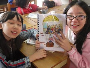 Our english class photo album in our pen pals' hands!