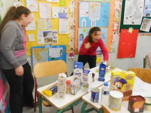 A simulation activity: at the mini market