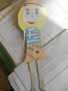 Maria, our flat puppet-ambassador in Spain