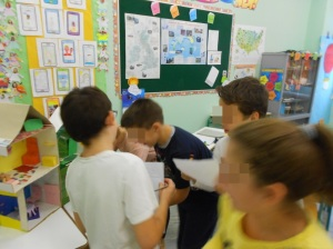Students playing and having fun, while learning new languages!